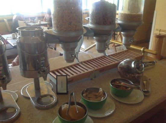 Hilton Barbados Resort: Wide choice of cereals