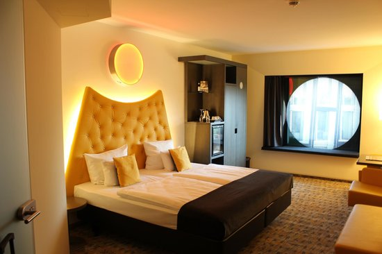 ARCOTEL Onyx : Our room.