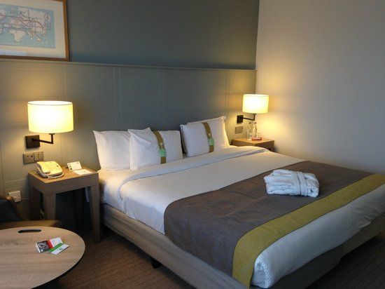 Holiday Inn London-Heathrow M4, Jct. 4 : Stylish Bedroom