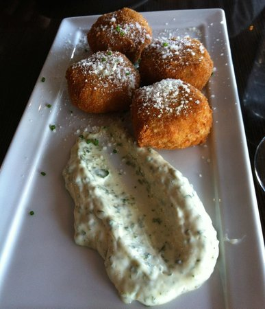 Amuse Bouche: Risotto Cakes with Preserved Lemon & Fennel Cilantro Aioli