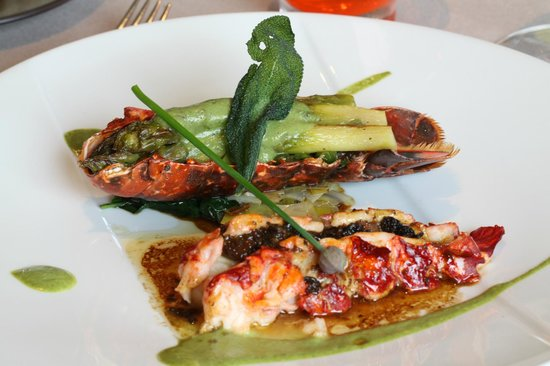 La Marelle : lobster main course