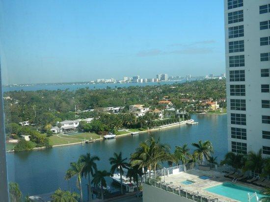 Miami Beach Resort and Spa: Vista desde la habitación, piso 9