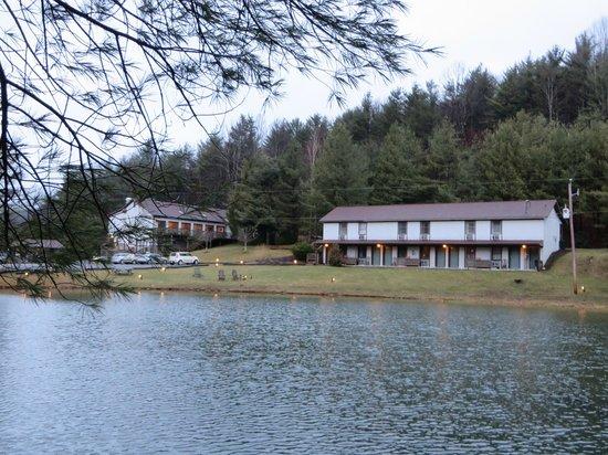 Pond at Woodberry Inn