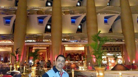 Burj Al Arab Jumeirah: Allani hasen dubai 2014