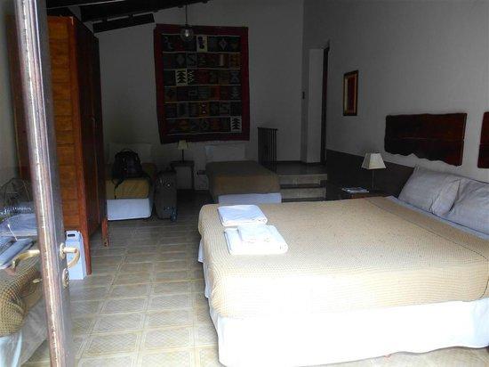 Casa Hernandez: .