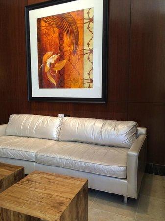 Renaissance Las Vegas Hotel: Lobby Seating