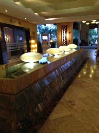 The Reserve at Paradisus Palma Real: The beautiful lobby! I could just sit there all day!