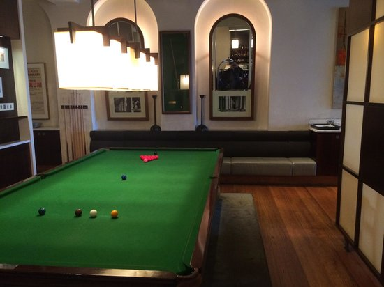 Hotel Lindrum Melbourne - MGallery Collection: Billiards table