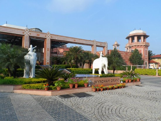 Orient Taj : entrada do hotel