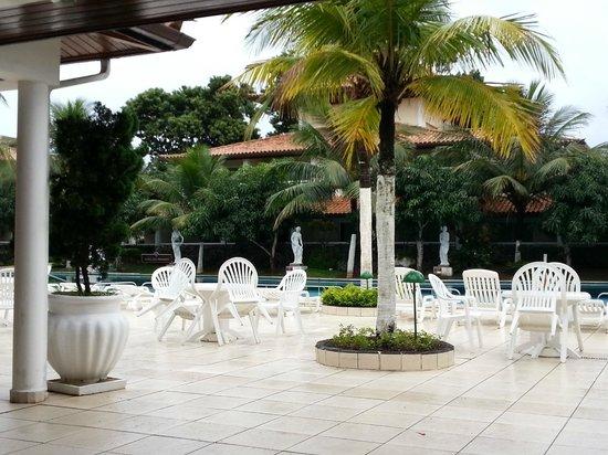 Atlantico Buzios Hotel : Pileta