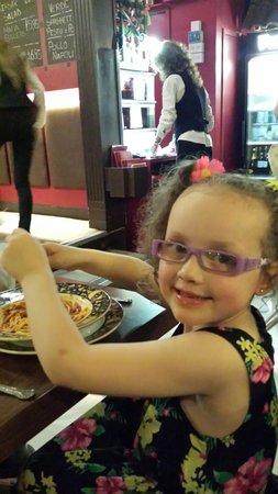 La Fontana Italian Restaurant: Tucking into her spagetti