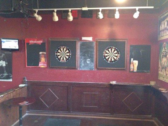 Burn's Howff: Great darts room