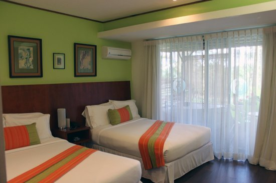 Terrazas de Golf Boutique Hotel: Suite room with two queen beds