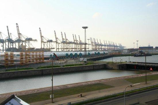 Container-Aussichtsturm: 6