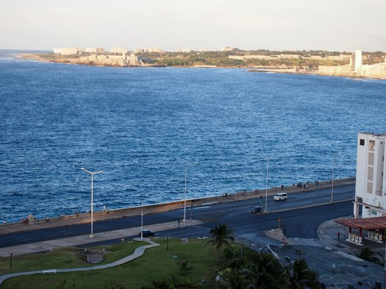 Hotel Nacional de Cuba: NE view from room