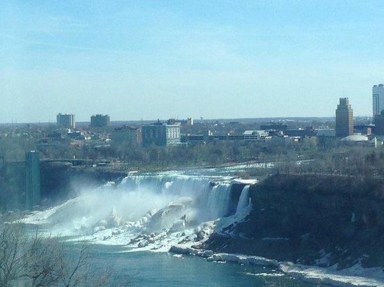 Niagara Falls Marriott Fallsview Hotel & Spa : American Falls