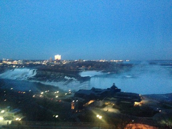 Niagara Falls Marriott Fallsview Hotel & Spa: View from the room!