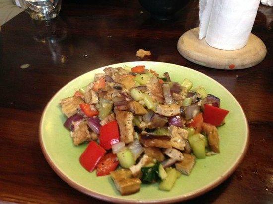 Mood Food Energy Cafe: Veggie and tofu stir fry has great flavors!