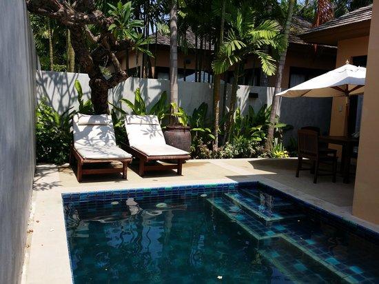 Asara Villa & Suite: unbelievably DIRTY←_←