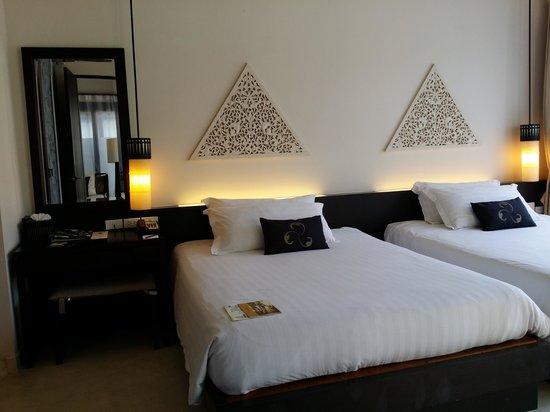 Asara Villa & Suite: bed was suck!!!