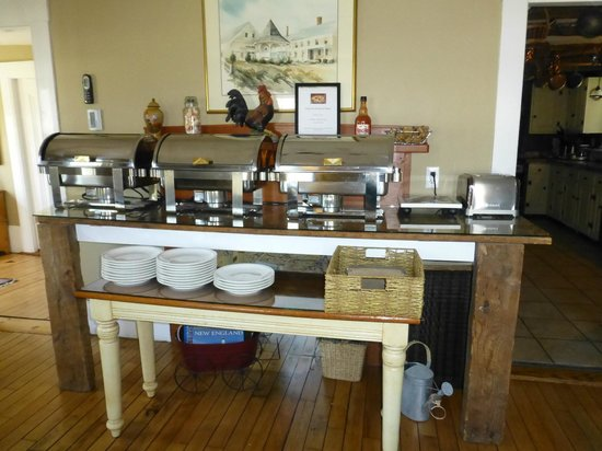 Gazebo Inn Ogunquit: Buffet Breakfast every morning