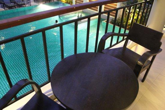 Navatara Phuket Resort: Balcony overlooking the pool