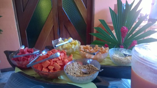 Villa Maya : Breakfast table