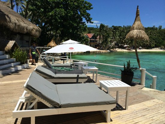 Nami Resort: Deck area