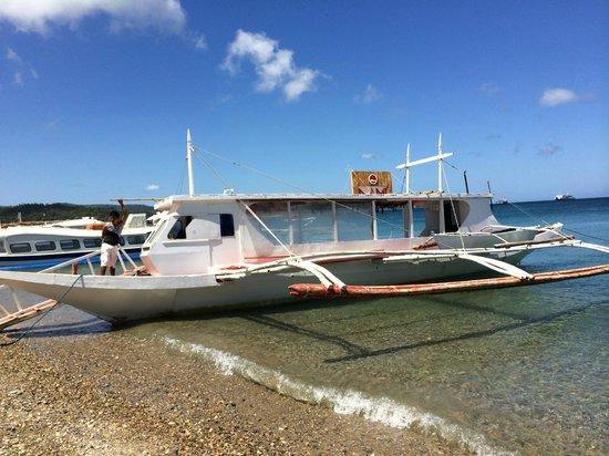Nami Resort: Nami's own private boat