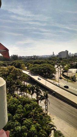 Grand Mercure São Paulo Ibirapuera: Vista do quarto do 6º andar