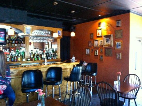 The Riverboat Landing: bar area