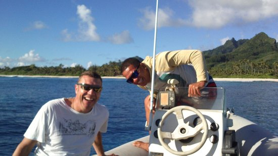 Cook Island Divers : Dive Master Nga
