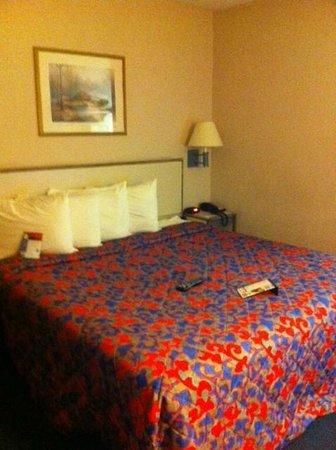 Red Roof Inn Toledo - Maumee: Bedroom