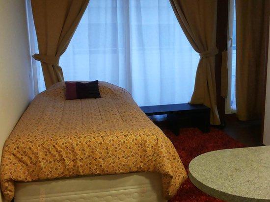 Diamond Suites: quarto cama solteiro