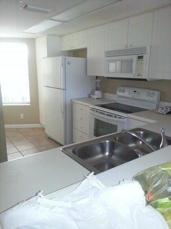 SeaCrest Condos: kitchen