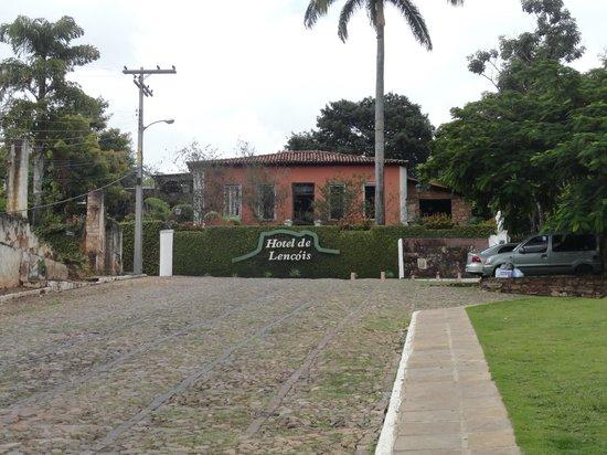 Hotel de Lencois: Vista da fachada