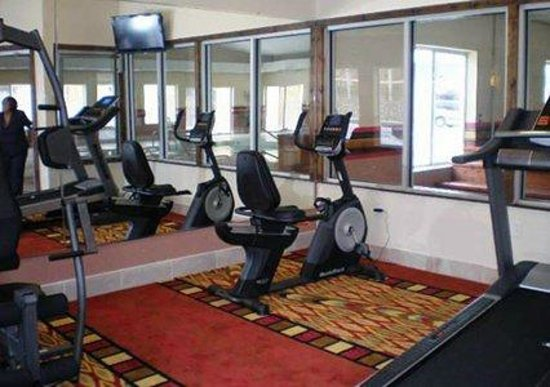 Quality Inn & Suites Kansas City I-70 East : Excercise Room
