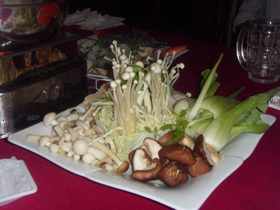 """Phan Rang-Thap Cham, Vietnam: Грибной хот-пот """"Морская звезда"""" в рыбном ресторане. Исключительно!!!"""
