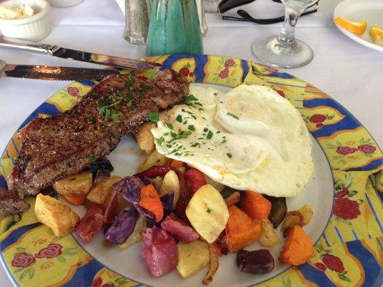Chef Michael's : Steak and eggs