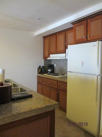 The Ridge at Playa Grande: kitchen