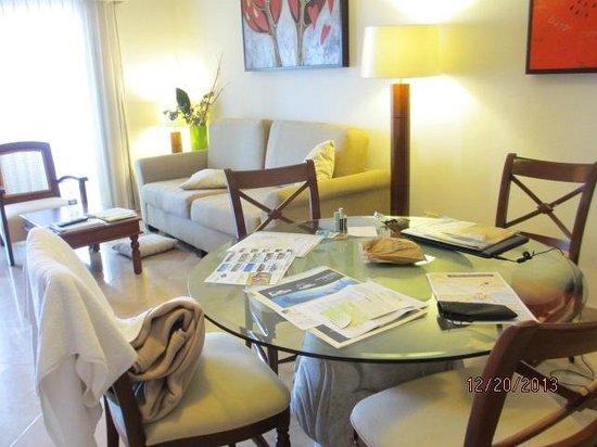 The Ridge at Playa Grande : living/dining room