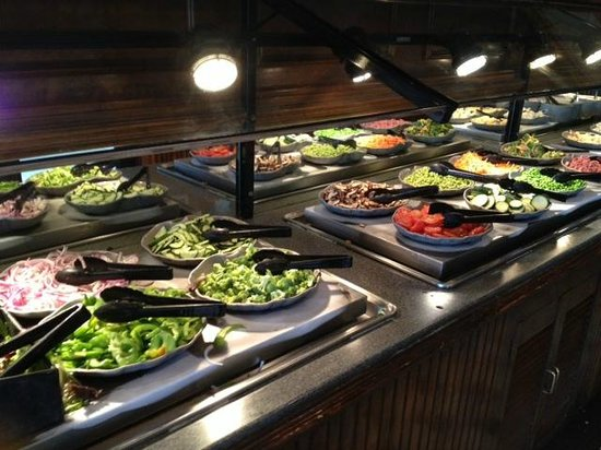 Ruby Tuesday - salad bar