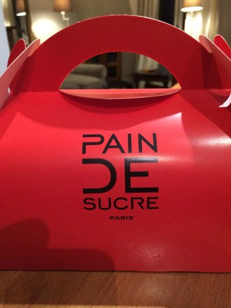 pain de sucre: Yes, get it to go - back to your hotel/apartment or picnic