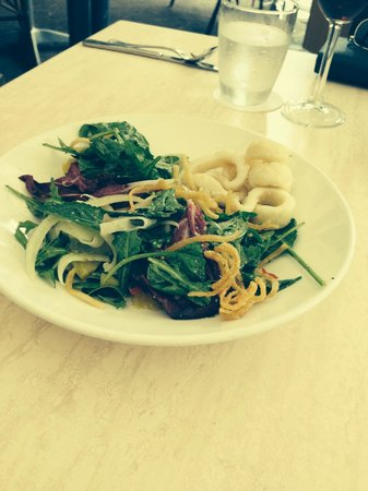 Bucci Italian Restaurant : Calamari salad