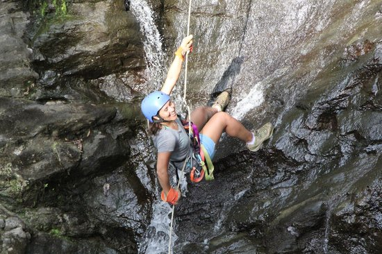 Quepo Canyoning: waterfall again