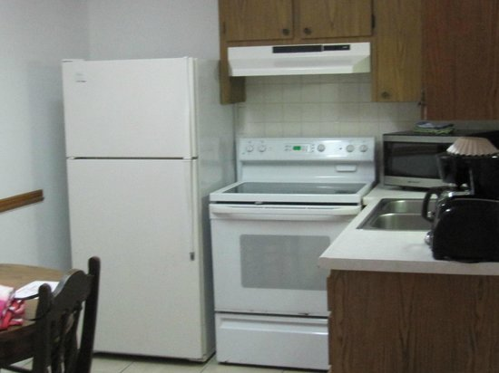 Great Heron Inn : Well equipped kitchen