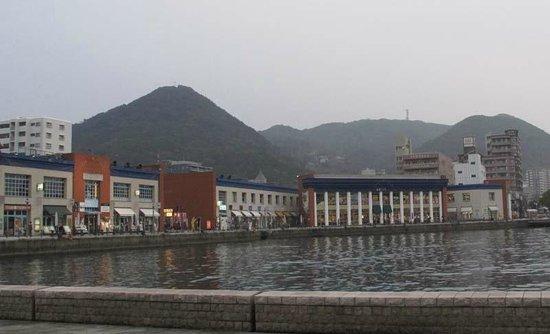 Moji Port Retro Kaiyo Plaza: 海峡プラザ