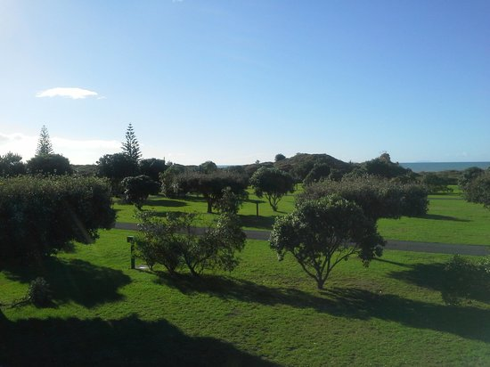 Ohope Beach TOP 10 Holiday Park: Balcony View