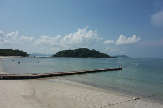 Berjaya Langkawi Resort - Malaysia: View over the private beach at breakfast