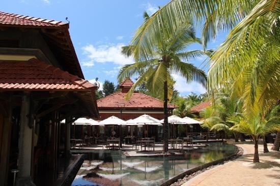 Beachcomber Seychelles Sainte Anne Close for Renovation: Hauptrestaurant